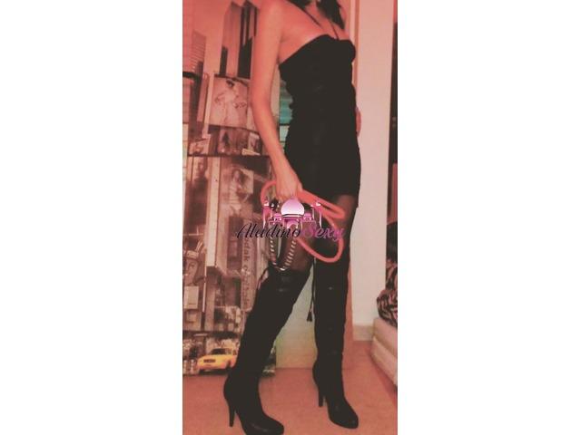 Mistress Viola Padrona per pochi 3290966814