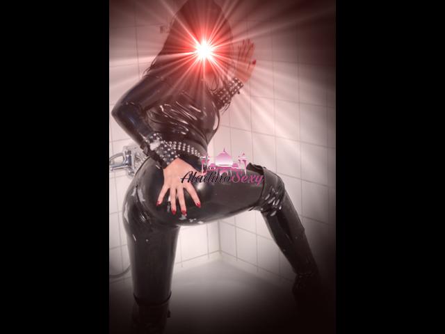 Mistress Barbara lady affascinante ed esperta 3934343064