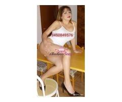 Milf Signora Cristina regina della pioggia dorata 3512469587