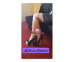 Mistress Demetra padrona assoluta