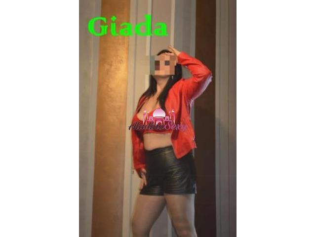 Girl Milano Giada senza tabu